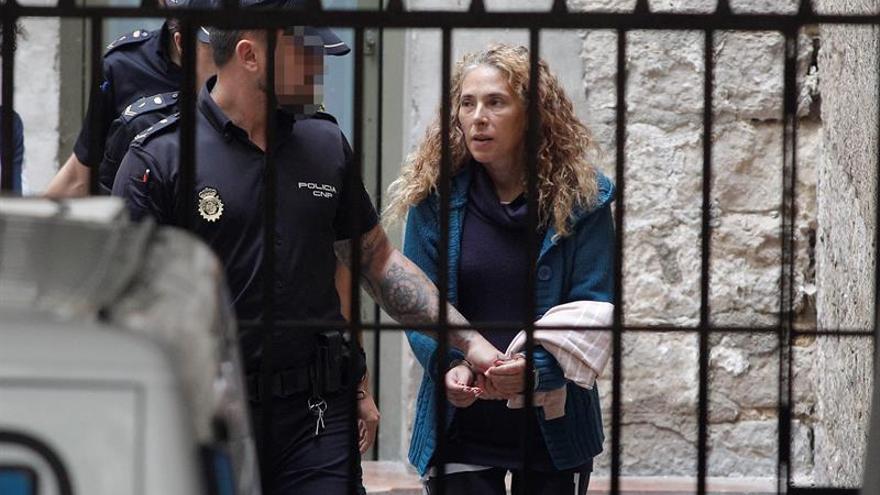 Juicio de la Viuda Negra de Alicante: Los acusados comparecen en la sala