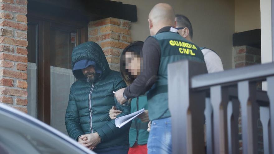 Dos acusados del asesinato de Ardines dicen que el ADN en la valla los exonera