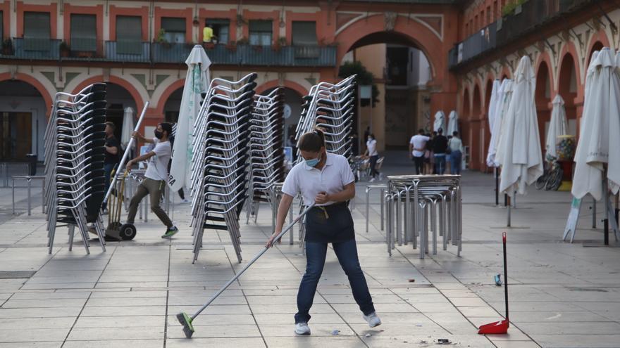 Restricciones por el covid en Córdoba: enfado entre la hostelería y la clientela por el cierre a las 20.00 horas