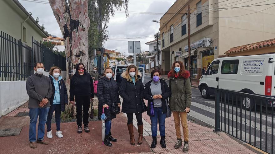 Podemos e IU exigen mejoras en la seguridad vial de la calle Fuente Alegre