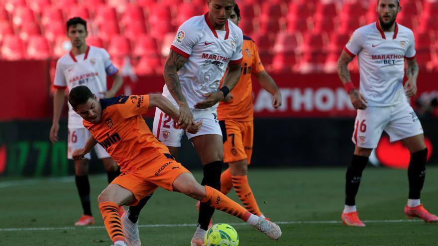 El Valencia recupera la calma, pero no los puntos (1-0)