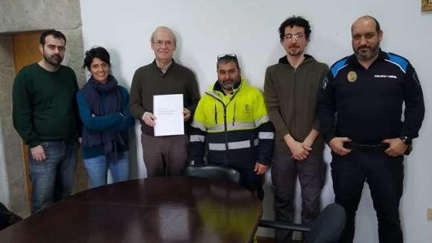 Acuerdo histórico para firmar el primer convenio del Concello de Baiona en 25 años