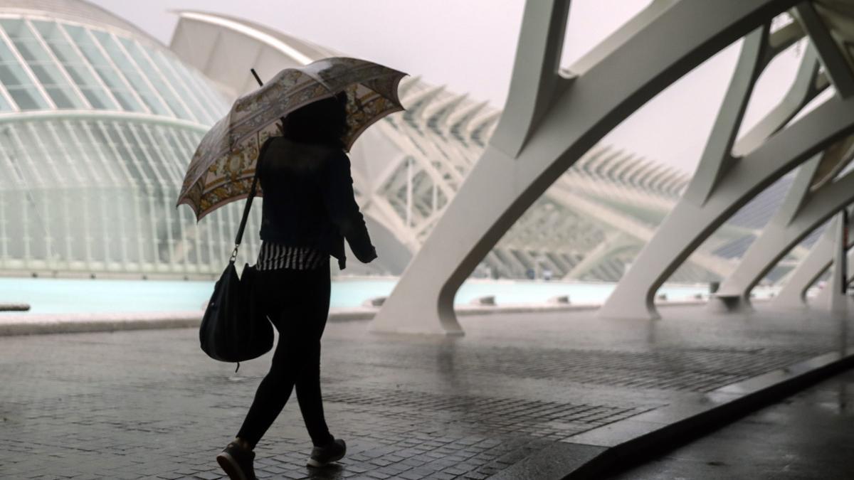 El tiempo en Semana Santa en la Comunitat Valenciana: lluvia y calima por el polvo en suspensión.