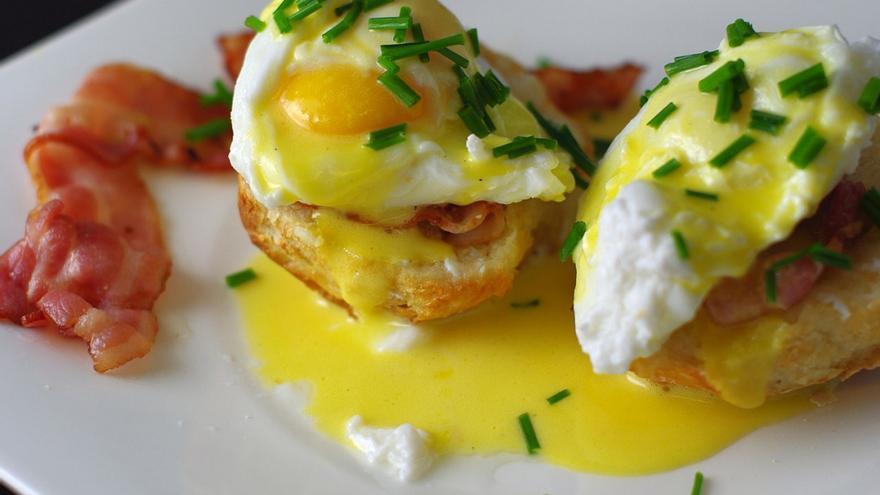 ¿Pueden comerse varios huevos al día?