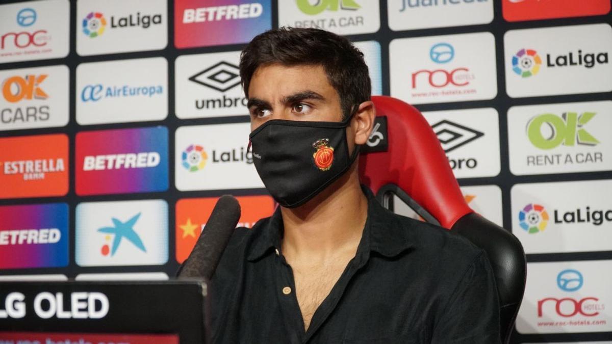 Abdón Prats espera que el gol llegue pronto.