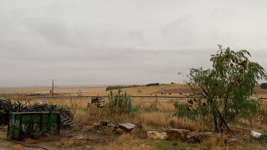 Amanecer lluvioso en los campos zamoranos