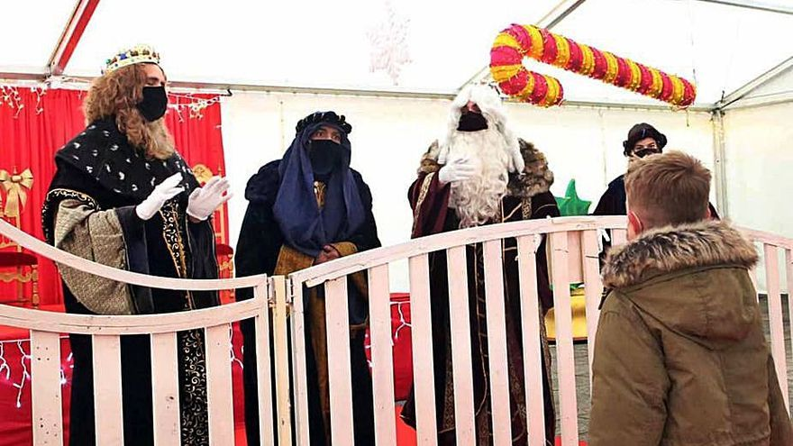 La magia de los Reyes resiste en Porriño y Ponteareas