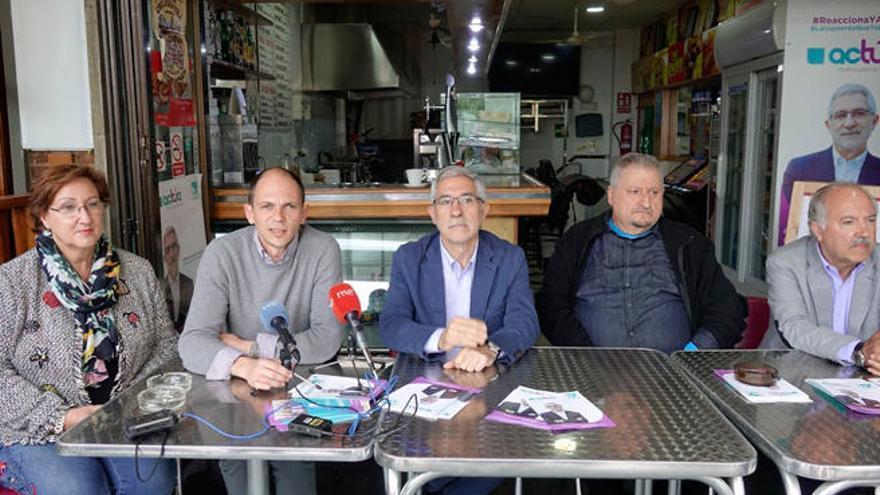 Gaspar Llamazares reclama en Magaluf que los autónomos paguen según lo que recauden