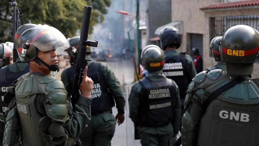 Detenidos 27 militares involucrados en un alzamiento contra Maduro