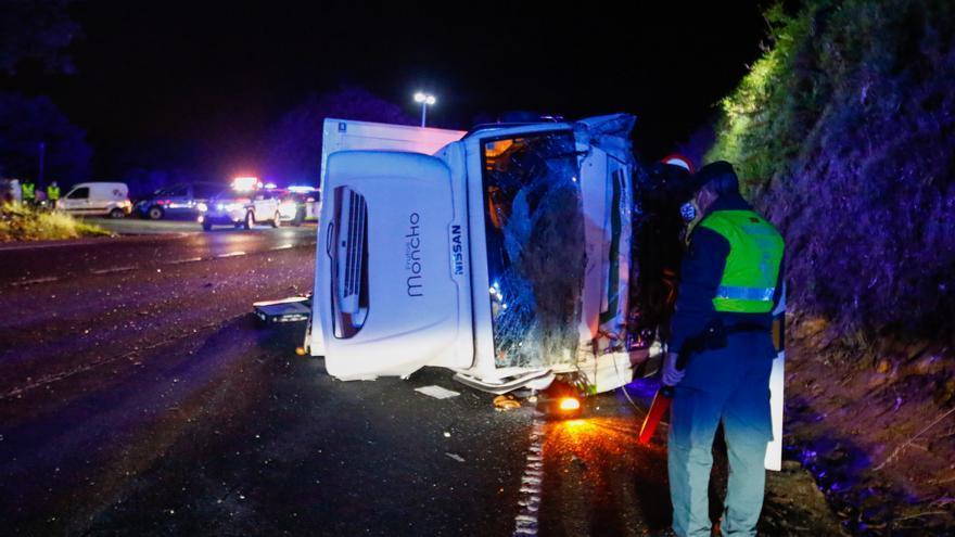 """El conductor del camión accidentado en Caldas """"está totalmente en shock"""""""