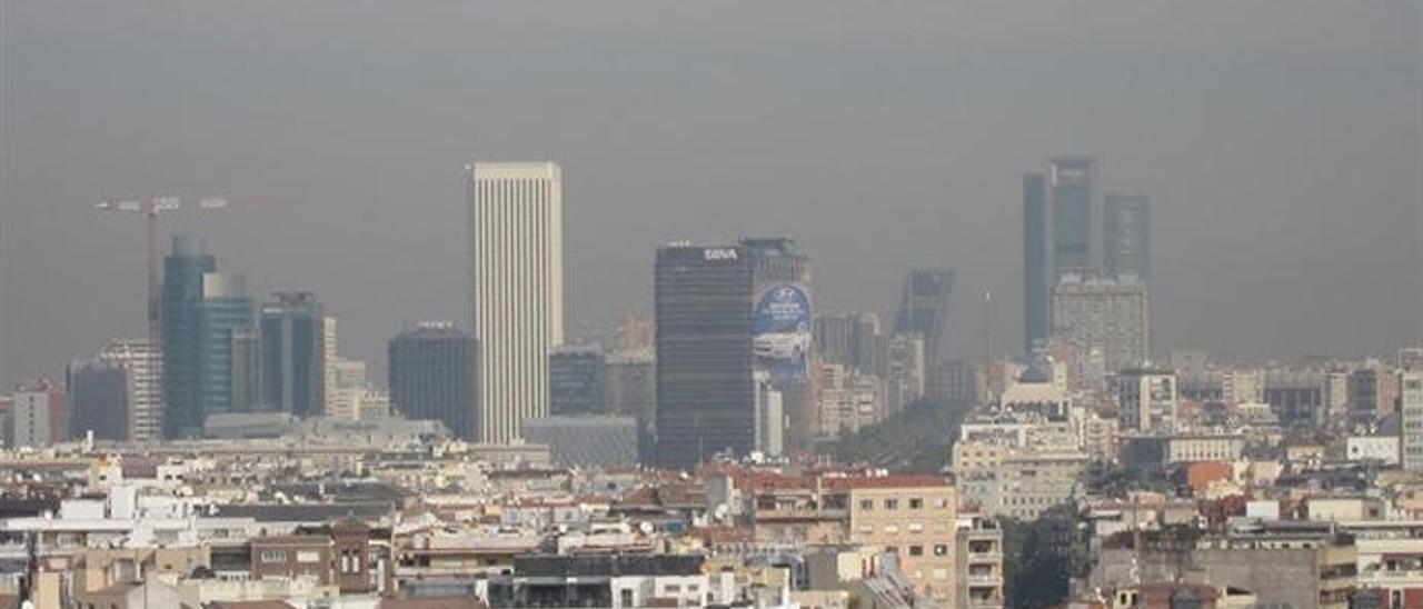 Imagen de la capa de contaminación sobre Madrid.