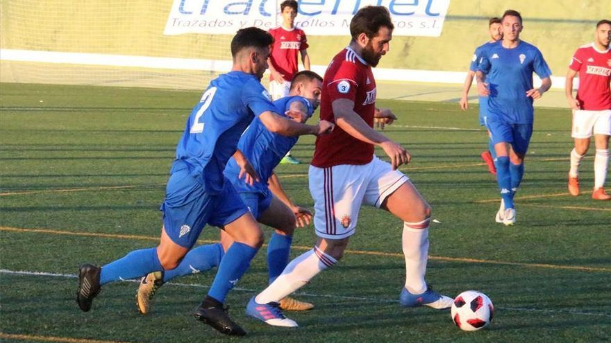 El Espeleño da la cara y frena al Córdoba B (0-0)
