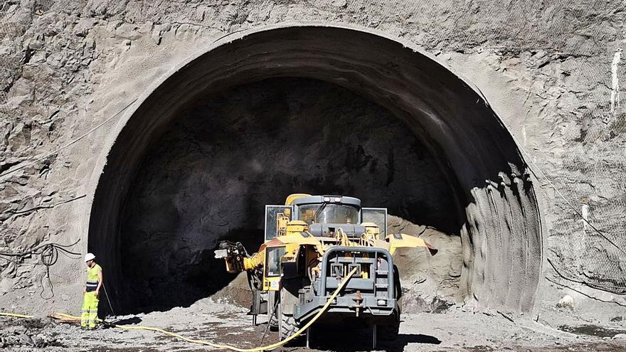 Obras Públicas destina 35 millones a acelerar la obra Agaete-El Risco
