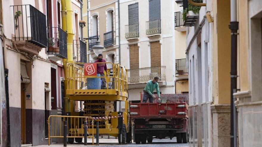 Un casco antiguo en obras: Xàtiva otorga en 4 años 287 licencias