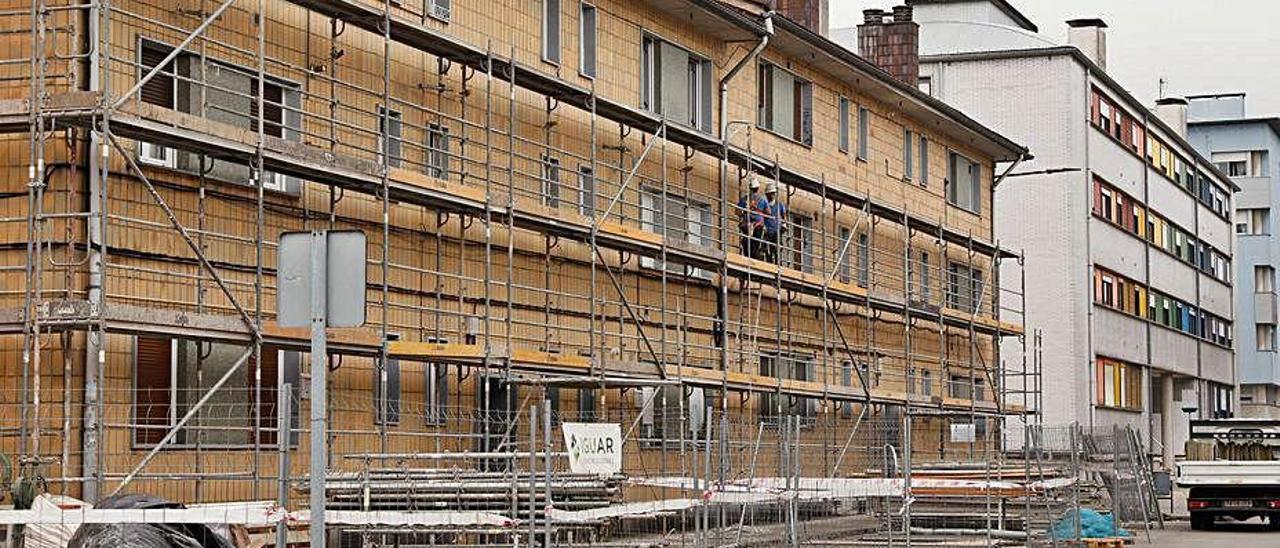 Un edificio en el que se está comenzando a trabajar.