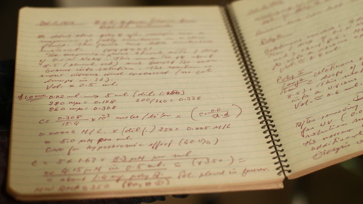 Cuaderno de laboratorio de Severo Ochoa