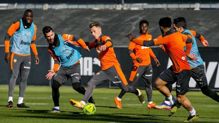 El Valencia CF redujo casi a la mitad su rendimiento desde que juega sin público