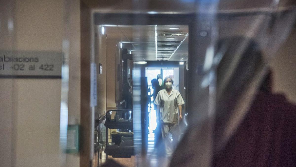 Passadís de l'interior de l'Hospital Sant Bernabé de Berga | ARXIU/OSCAR BAYONA
