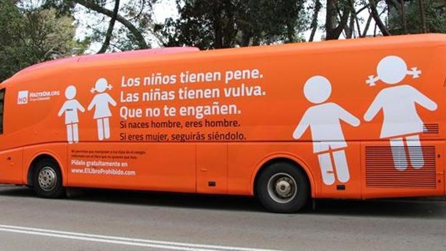 Un jutjat prohibeix de forma cautelar la circulació de l'autobús d'Hazte Oír