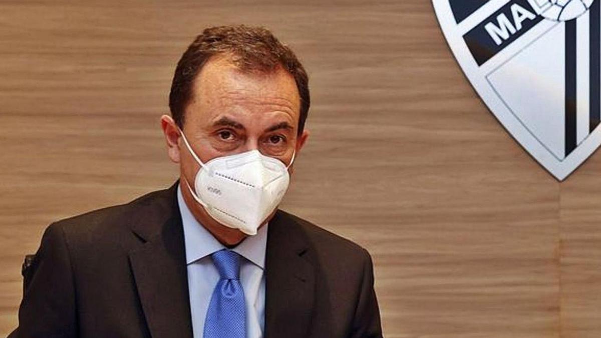 El administrador  judicial, en las oficinas de La Rosaleda.
