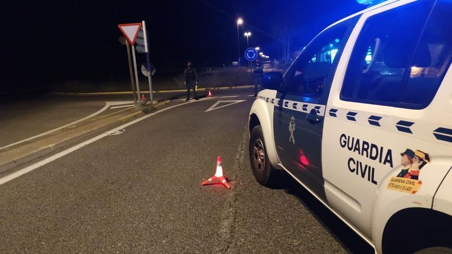 Dos detenidos por marcharse sin pagar tras repostar gasolina en 25 ocasiones en Mallorca