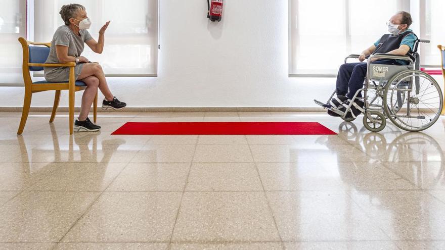 Los mayores y discapacitados de residencias ya pueden salir con sus familiares