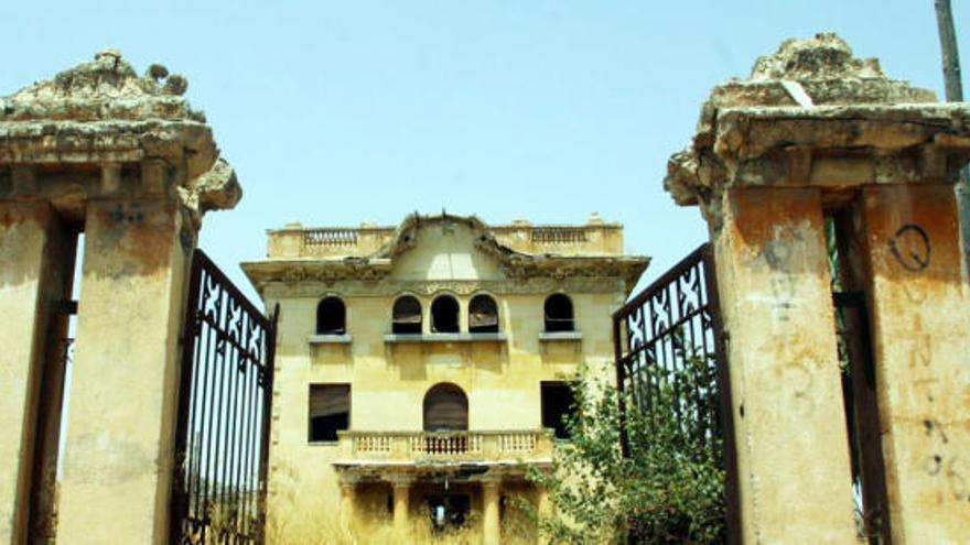 La mansión de Murcia en la que solo viven ahora los fantasmas