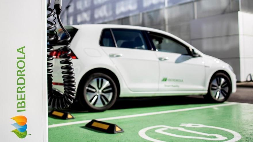 Iberdrola apuesta por la movilidad eléctrica: más inversiones y una recarga más rápida