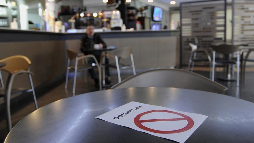 La Xunta descarta ampliar los horarios de los bares