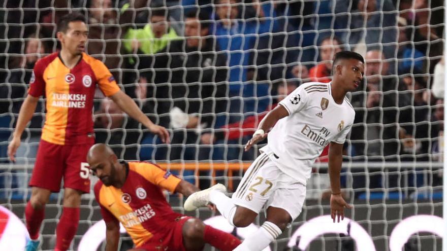 Golejada al Galatasaray per acariciar els vuitens