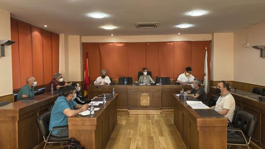 Suspenden el proceso selectivo que ganó la hija del alcalde de Verín