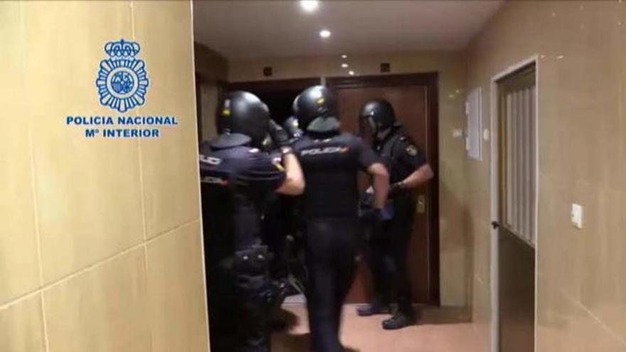 Detenidas 40 personas de una red que promovía y se lucraba con la inmigración ilegal