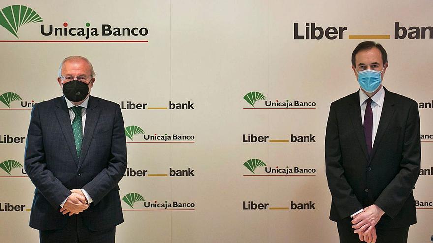 Liberbank y Unicaja se abren a incorporar más bancos a su fusión en el futuro