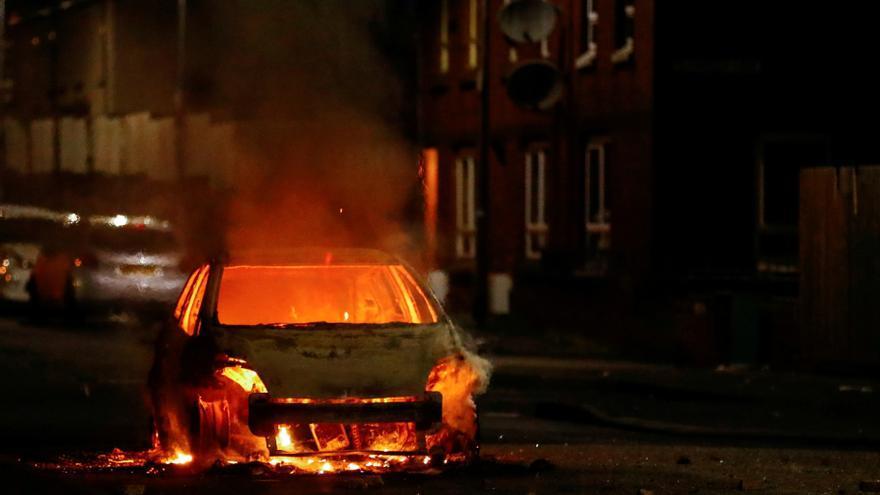 Noche de disturbios en Belfast