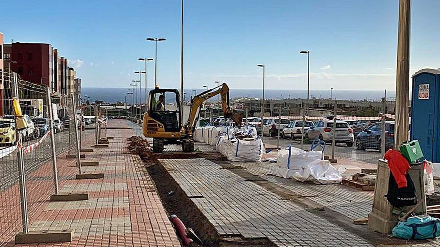Telde comienza los trabajos de repavimentación de varias zonas peatonales de San Gregorio