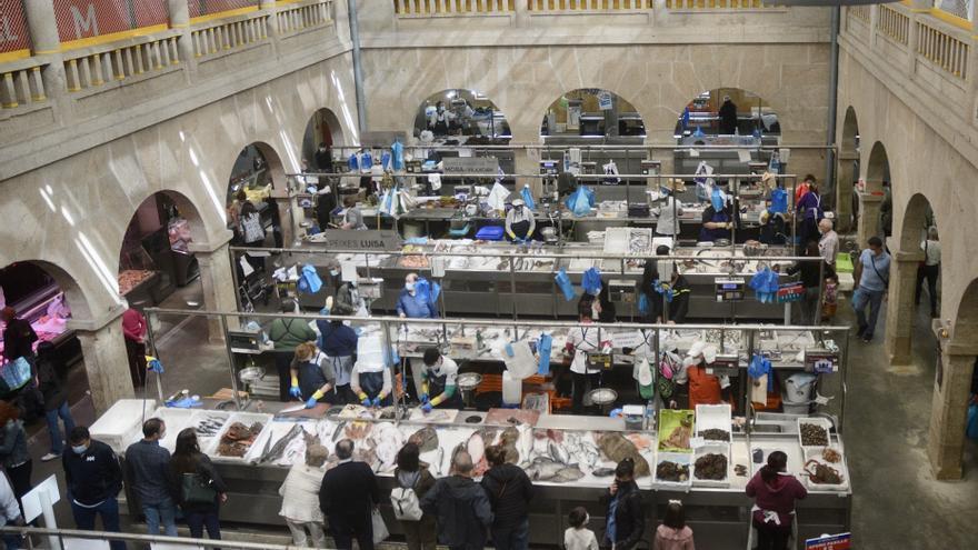 Las penurias de particulares y hostelería lastran al Mercado
