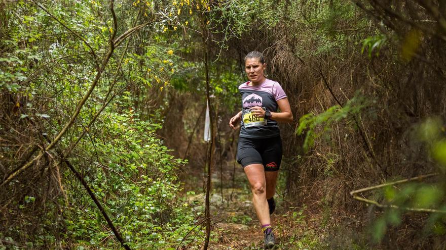 Iván Roade y Natalia Sierpes fueron los ganadores del IV Trail Muíños do Folón