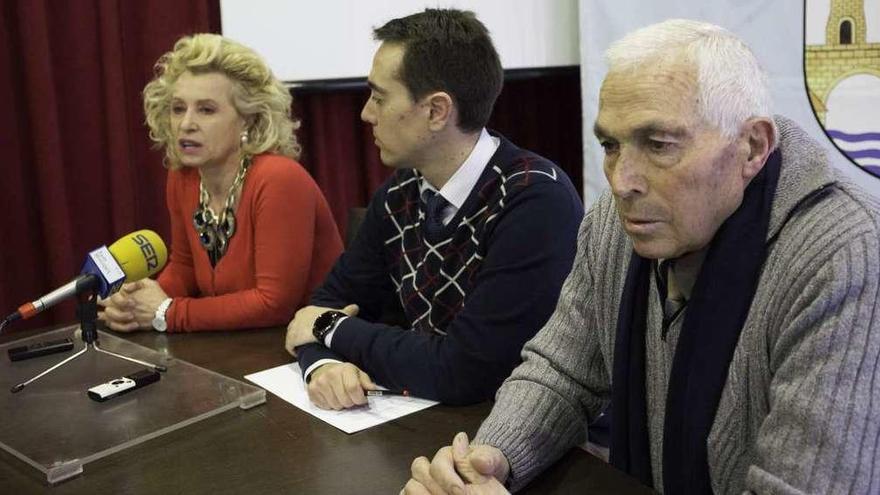 Los alcaldes llaman a llenar hoy la plaza Mayor contra los planes de Kronospan