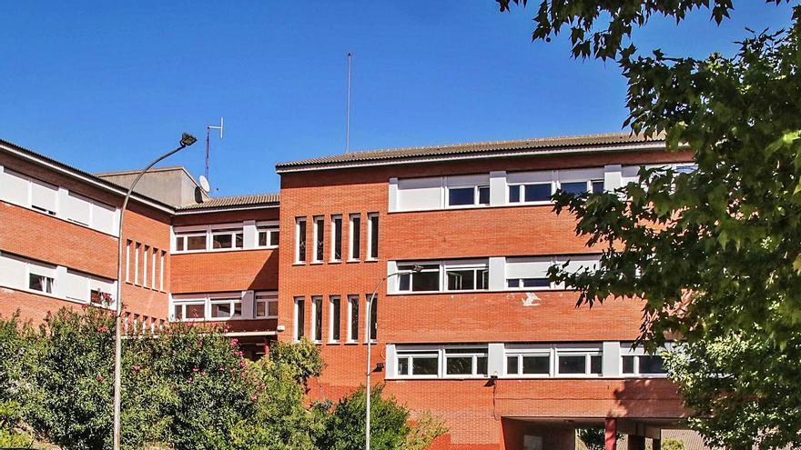 Docentes y padres del IES Andreu Sempere de Alcoy exigen acelerar las obras