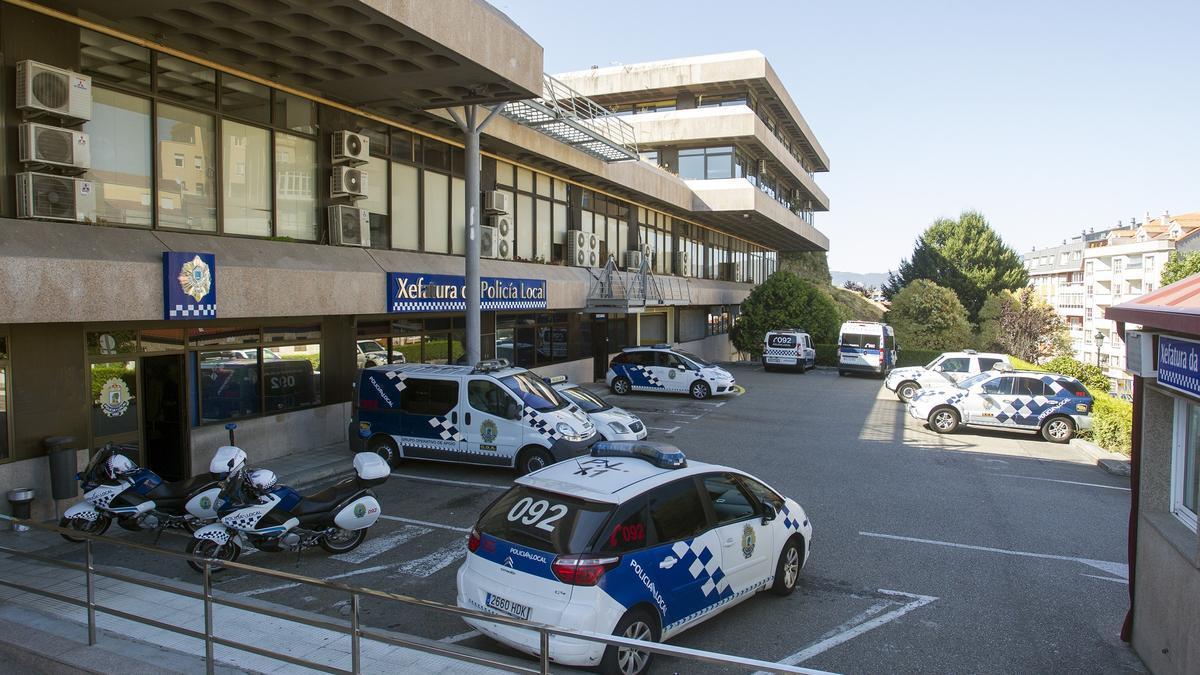 Imagen de la jefatura de la Policía Local de Vigo, cuyos agentes localizaron al conductor cuando fue el accidente.