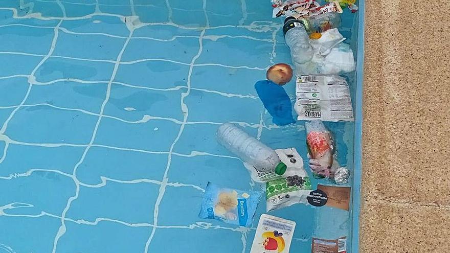 Vandalismo en la piscina de Grado