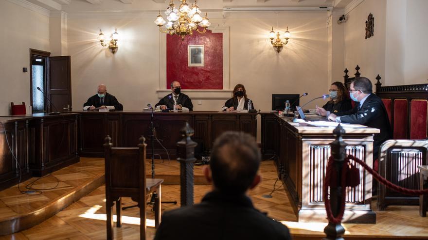 El zamorano que se quedó 85.000 euros de sus tías sortea la cárcel al devolver dinero a dos días del juicio