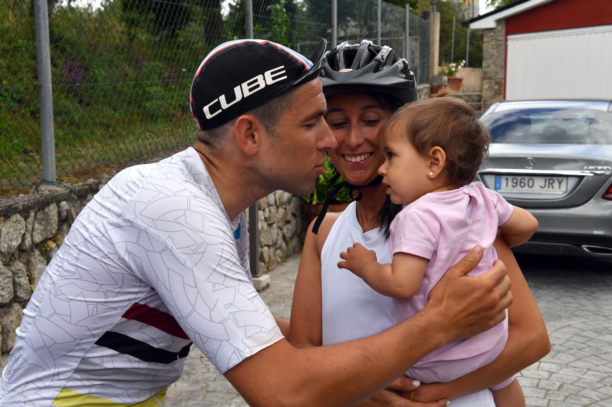 26 días y 2.200 kilómetros en bicicleta después, Ángel llegó a casa