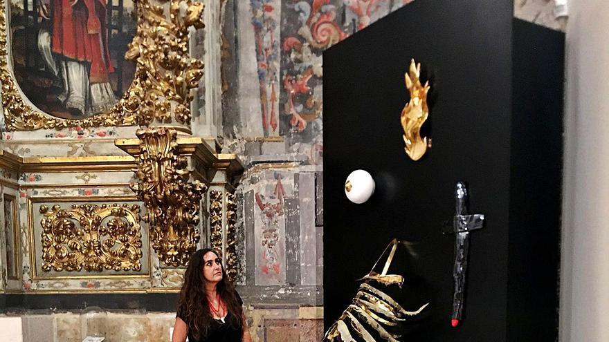 Susana Guerrero lleva su arte contemporáneo a las iglesias