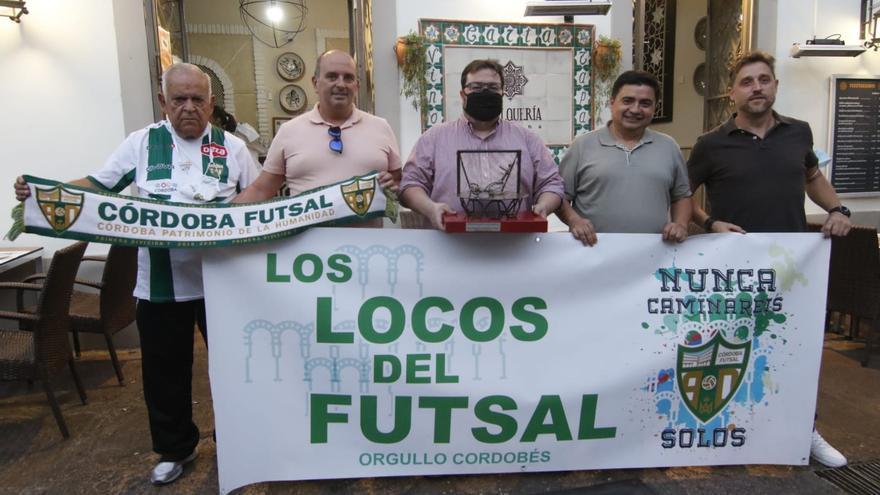 El abrazo de los tuyos: premios especiales en el Córdoba Futsal