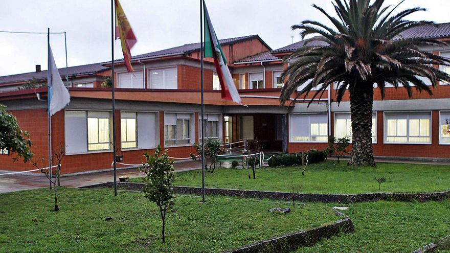 Educación destinará 889.000 euros a una reforma integral del colegio de Figueiroa