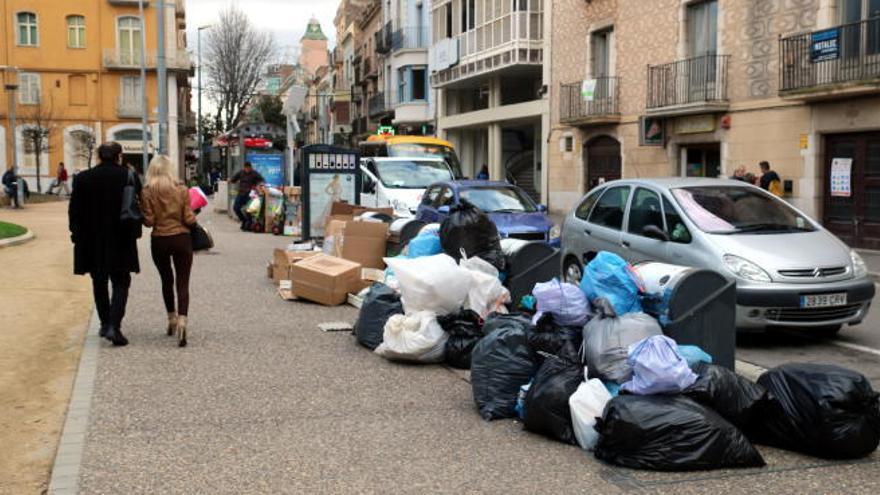 Figueres abordarà en setmanes el nou concurs per al servei de recollida de deixalles