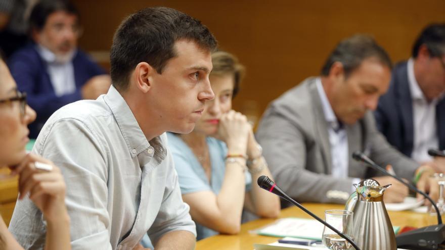 Unides Podem reclama en las Corts la creación de una empresa pública de energía