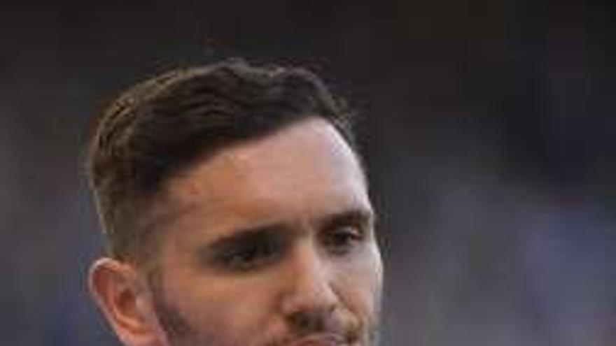 Lucas Pérez, cerca de dejar el Arsenal por el West Ham de Pellegrini