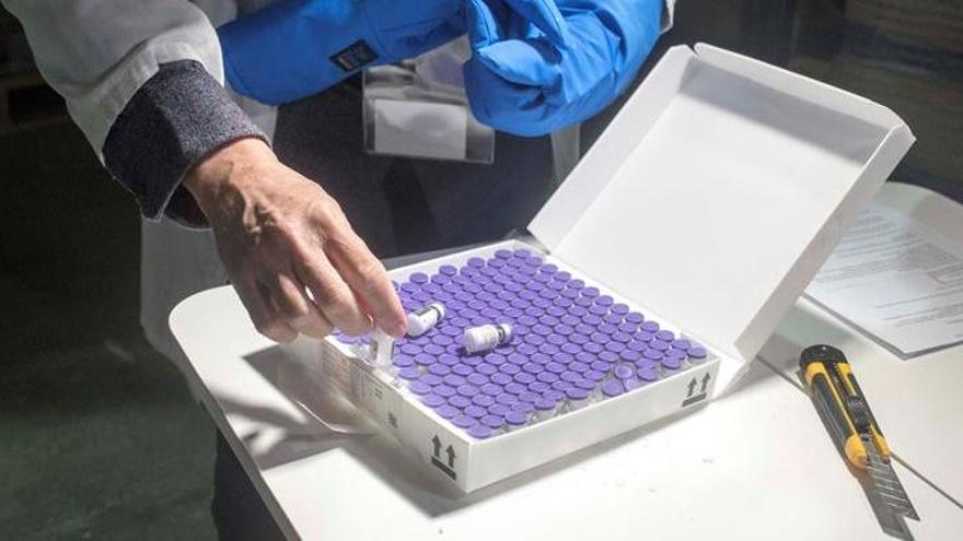 Una residencia de Madrid admite que vacunó de covid a sacerdotes y familiares de trabajadores